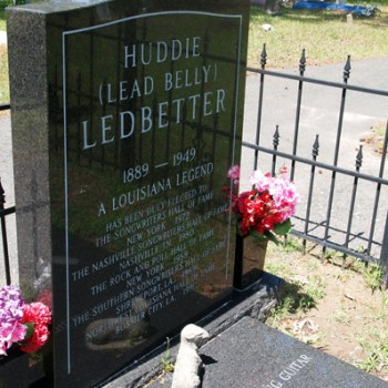 A photo of Leadbelly's grave