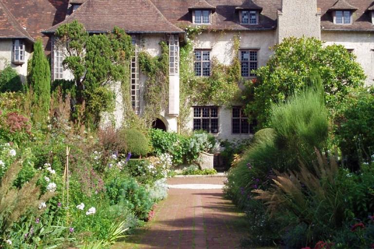 A photo of a Jekyll Garden