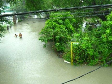 Typhoon Ondoy Victims in Manila Philippines
