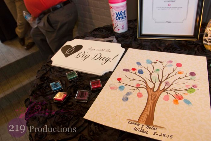 Uptown Center Guest Book Tree Fingerprint