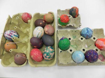 Taller De Colorear Y Pintar Huevos19