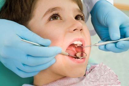 口腔溃疡,美容牙科