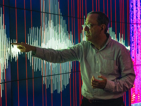 IBM研发中心沃森多模式实验室高级经理迈克尔·皮彻尼。
