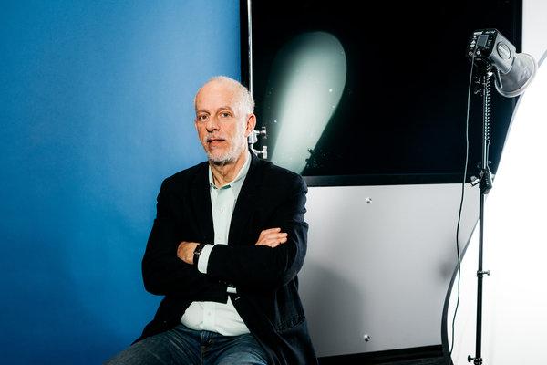 "IBM研发中心认知环境实验室研究员安迪·埃伦说,单词发音方面的出错率,是他们研发人工智能程序""沃森""时面临的最大问题。"