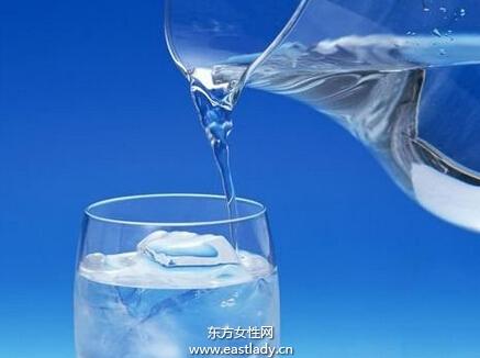 开水的保质期,99%的人都不知道?看了吓一跳!