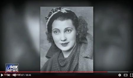 川普母亲年轻时的照片(视频截图)