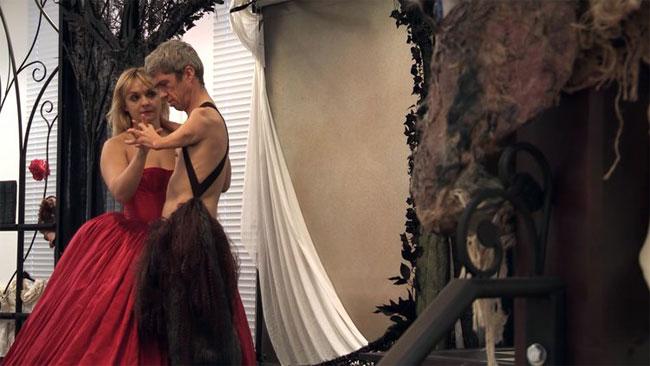 Julie Atlas Muz and Mat Fraser in Beauty and the Beast. ©Sheila Burnett (Exposed: Julie Atlas Muz and Mat Fraser)