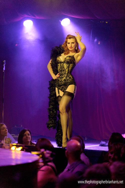Sophia St. Villier in Cirque du Cabaret.  ©Brian Harris (Review: Cirque du Cabaret - London Wonderground 2014)