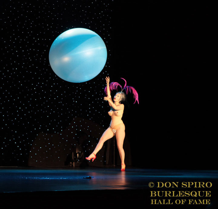Koko La Douce in the Burlesque Hall of Fame Weekend 2014 Sunday Night Icons and All Stars showcase.   ©Don Spiro