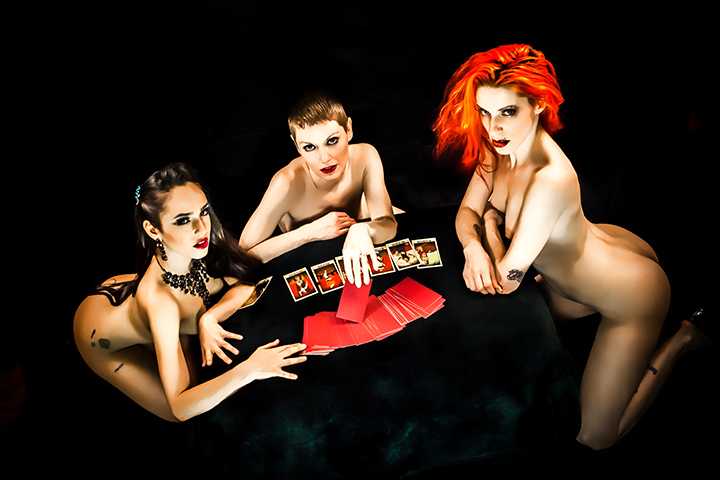The Wasabassco Hellfire Club: The dirty side of Wasabassco. Amanda Whip, Stormy Leather and Nasty Canasta, 2013.  (Interview: Doc Wasabassco – 10 Years in Burlesque)