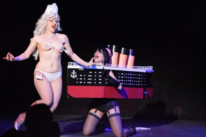 Kissing Cousins Scarlet Sinclair and GiGi LaFemme's famous Titanic meets Iceberg number, 2007.  (Interview: Doc Wasabassco – 10 Years in Burlesque)