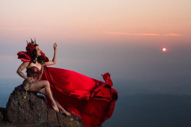 Queen of the Roses: burlesque performer and designer J. Von Stratton.  ©Ken Lapworth
