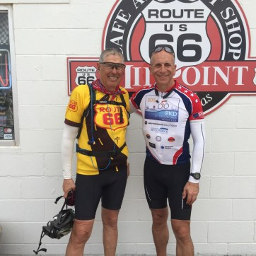 With Mike Cruz, solo rider from San Diego, who left Santa Monica May 17th and is scheduled to arrive in Chicago on July 7th.