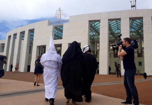 1-KKK-Burqa-Politically-Correct