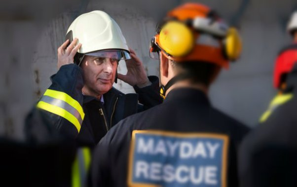 Phillip hammond meets white helmets