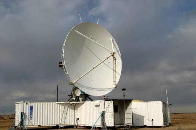 """Vznik námrazy na trupu je v zimním období jednou z nejčastějších příčin problémů pilotů malých a středních letadel. Vědci z Národního centra pro výzkum atmosféry (NCAR) proto testují nový radarový systém, nazvaný """"S-Polka"""", který by měl pomoci odhalit mikroskopické vodní kapky v mracích a určit potencionálně nebezpečné oblasti."""