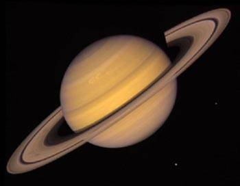 Podle dat ze sondy Cassini se zdá, že prstence planety Saturn mohou postupně zmizet. Prstenec E zanikne během 100 milionů let.