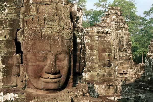 Archeologům se v posledních dnech podařilo v malajské džungli odhalit více než 1000 let staré město, které bylo zřejmě původní metropolí slavné říše Šrívidžaja.