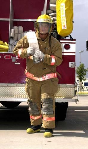 Ačkoliv existují různé hasící techniky a požárníci mají k dispozici moderní hasiva, patří likvidace požárů vodou stále mezi efektivní způsoby jak se vypořádat s ohněm.