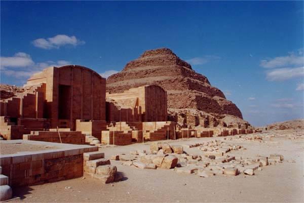 Egyptští archeologové v těchto dnech objevili jednu z nejkrásnějších mumií, jaká kdy byla v zemi faraónů nalezena.