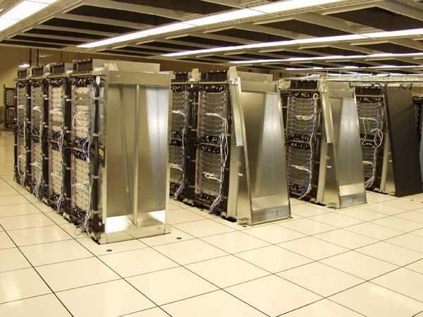Švýcarští odborníci z univerzity v Lausanne nyní budou mít pro svůj výzkum lidského mozku k dispozici superpočítač od firmy IBM.