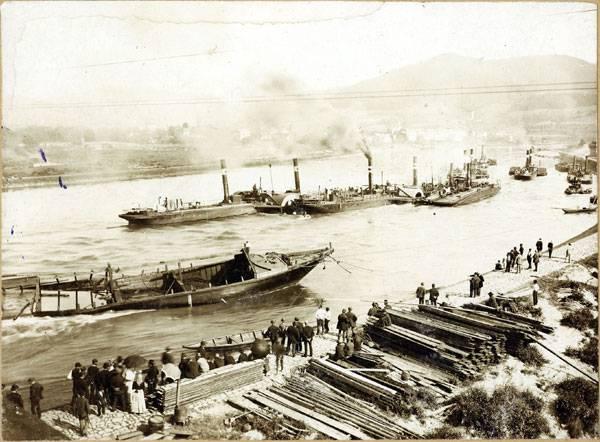 Po Labi se plavilo již v době bronzové. Snaha o využití a propojení vodních cest se prolíná historií až do dneška. Jaká je tedy minulost a současnost  plavby v Čechách?