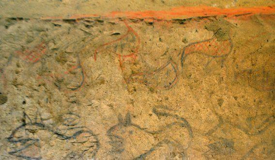 Poblíž Říma byla nalezena vzácná etruská hrobka uvnitř které se dochovala řada fresek.