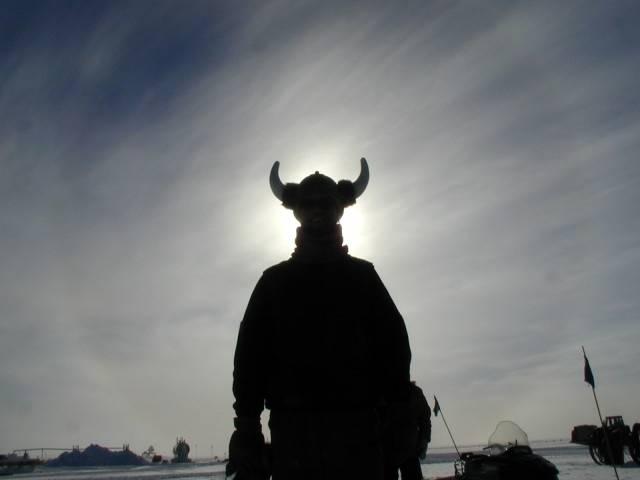 V širším podvědomí jsou Vikingové vnímáni jako velmi ostří hoši. Nicméně, poslední výzkumy ukazují, že na svou dobu byli velmi vyspělým národem.