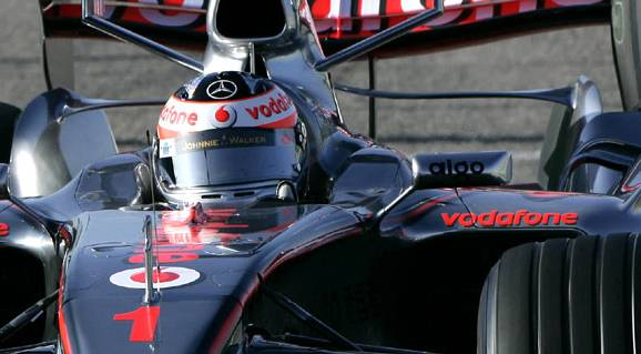 S blížícím se začátkem seriálu F1 představila hodinářská společnost TAG Heuer spolu s teamem Vodafone McLaren Mercedes nove piloty pro letošní rok jako ambasadory značky.