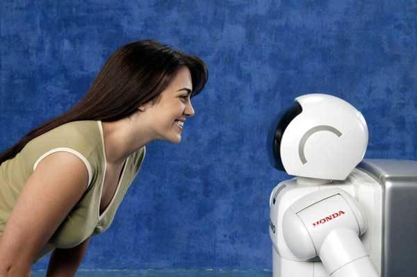 Současní roboti zvládají spoustu domácích prací, dokáží se pohybovat v členitém terénu a reagovat na všemožné podněty. Jedno jim však stále chybí, cit pro lidské nálady. I to by se však mělo začít měnit!