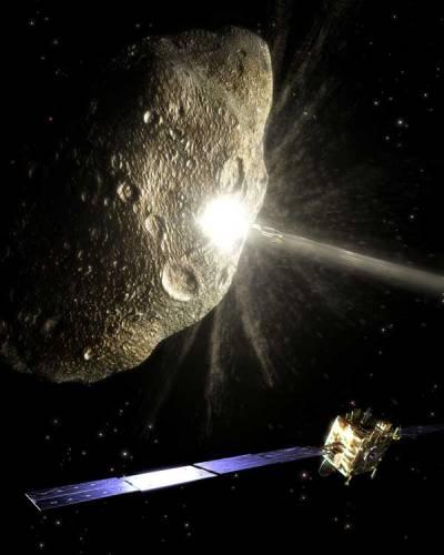 """Ve vesmíru jsou srážky asteroidů s planetami """"na denním pořádku"""". Jedna taková by mohla v roce 2036 potkat i Zemi. Ale mohou přijít i další! Jsou už vědci na takovou situaci nějak připraveni?"""