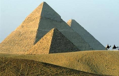 Američané analyzují složení vápencových kvádrů použitých při stavbě egyptských pyramid.