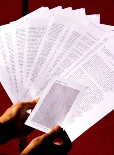 Kdesi v koutě snad každé kanceláře se hromadí potištěné papíry, které po čase už nejsou k ničemu. Tomuto problému však brzy odzvoní. Na světě je totiž nová technologie tisku, která na papíru zanechá text jen jediný den.