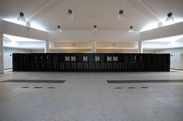 V Polsku oficiálně vypustili Galéru – nejvýkonnější superpočítač v regionu.