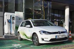 Rychlonabíjecí stanice nové generace pro elektromobily je v Praze