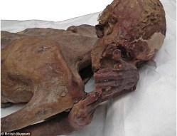 Našli vědci nejstarší lidská tetování?