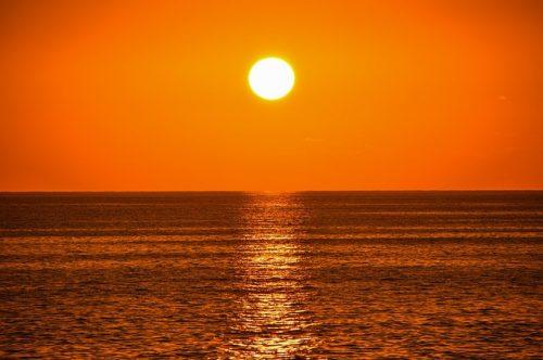 Čeští vědci vyvinuli látku chránící kůži před sluncem – 21stoleti.cz 49bdf3cf425