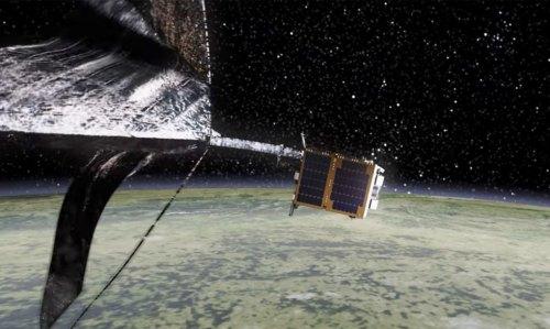 Test zachycení vesmírného odpadu hlásí úspěch