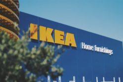 Nábytkářská společnost IKEA vytvořila záclonu, která čistí vzduch