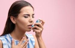 Astmatici často zanedbávají preventivní léčbu