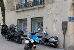 Paříž zaplaví samoobslužné elektrické skútry