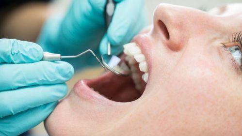 Bakterie v ústech nejen na obtíž