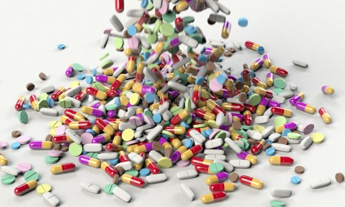 Molnupiravir se k lidem může dostat už na podzim