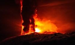 Nejdramatičtější erupce Etny za posledních 20 let