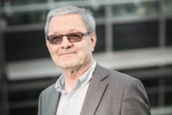 Profesor Hobza se stal laureátem Schrödingerovy medaile