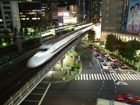 Kdy vlaky překonají rychlost zvuku?