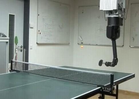 Robot umí odkoukat pohyb