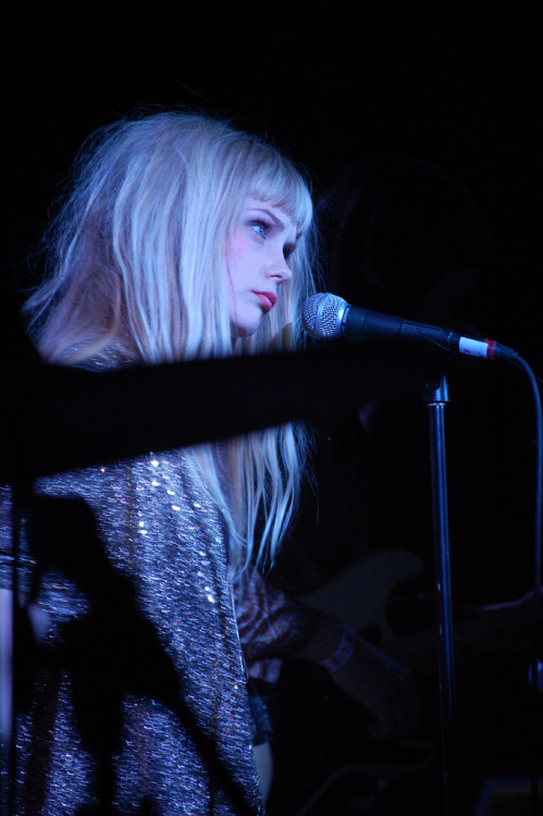 babypanda:ak47:reretlet:carios:redb:robot-heart:         The Asteroids Galaxy Tour (via Nylons and Cake) (via)