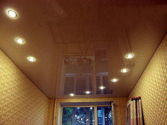 Дизайн потолка своими руками фото советы больше распространена