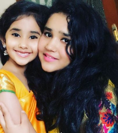 Chahat with her sister Aanchal Tewani